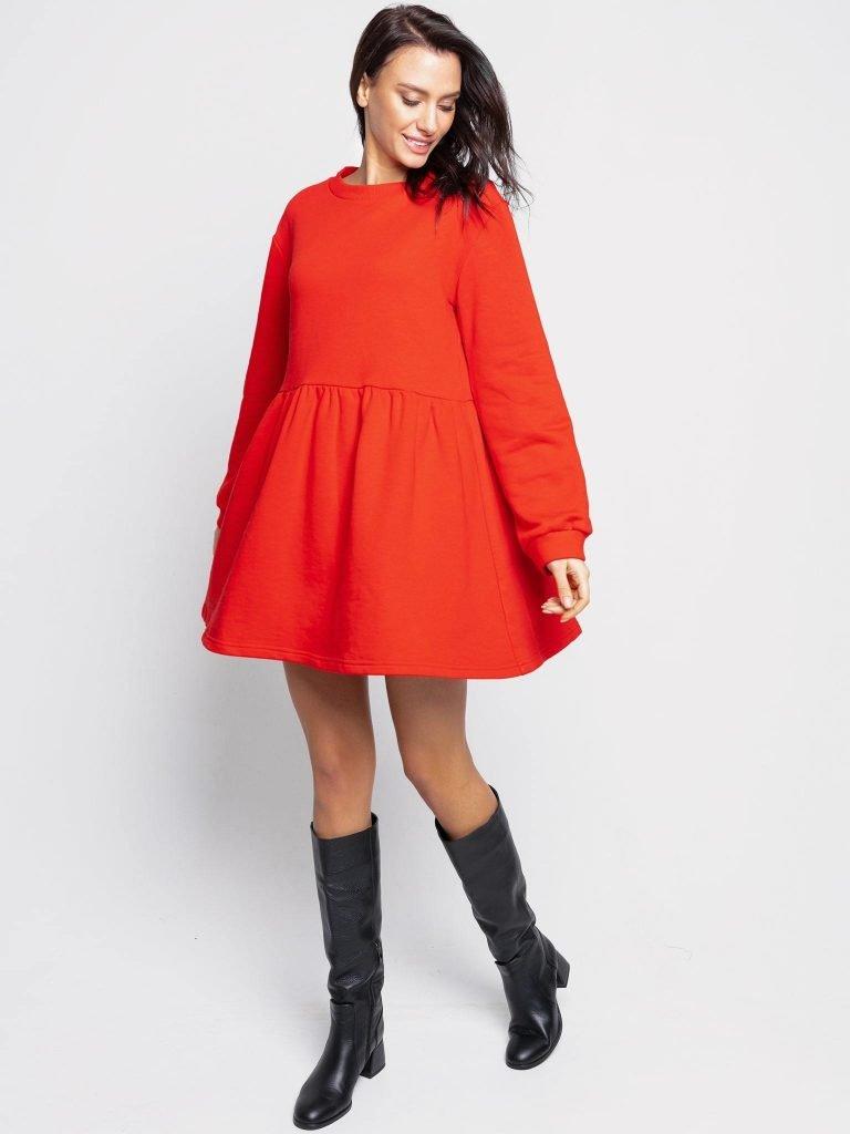 Czerwona sukienka o luźnym kroju z długim rękawem Love&Live