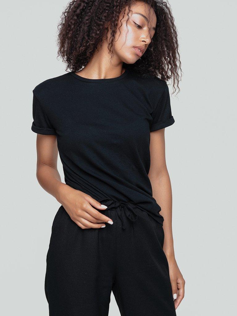 T-shirt czarny Katarina Ivanenko