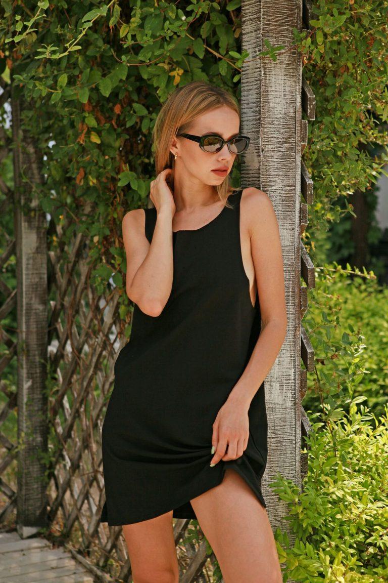 Sukienka koszulkowa czarna Love&Live (zdjęcie 3)