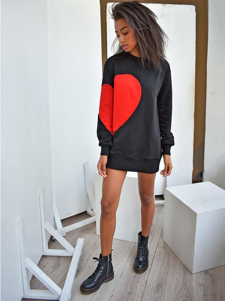 Sukienka dresowa czarna z czerwonym sercem Love&Live (zdjęcie 2)