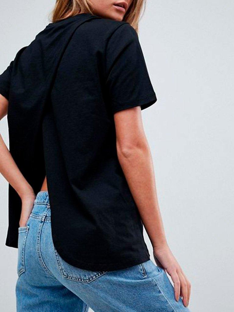 Koszulkaczarna z wycięciem na plecach Katarina Ivanenko (zdjęcie 3)
