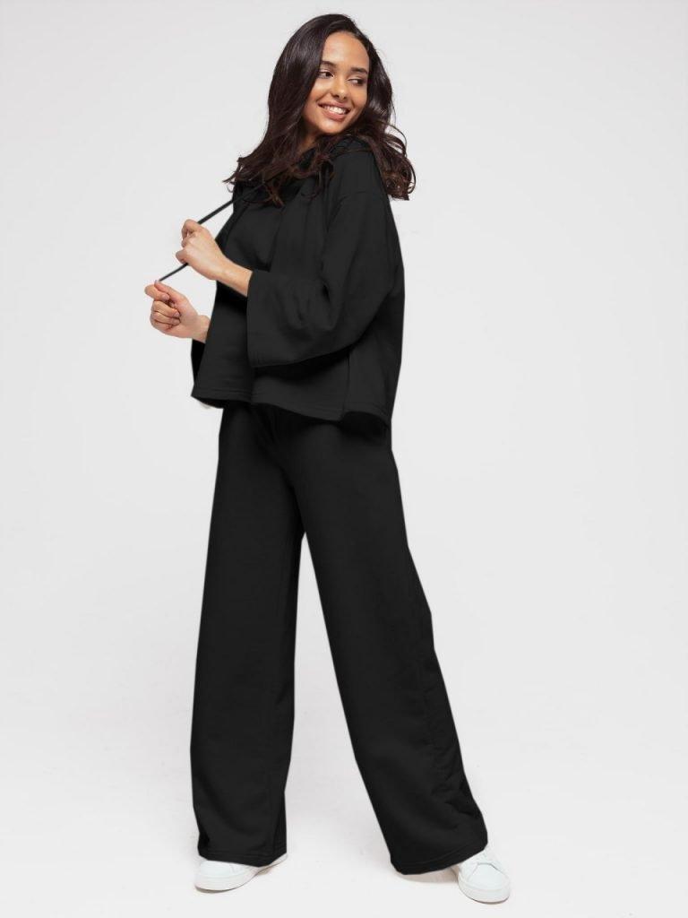 Czarny zestaw z krótką bluzą i spodniami z szerokimi nogawkami Love&Live