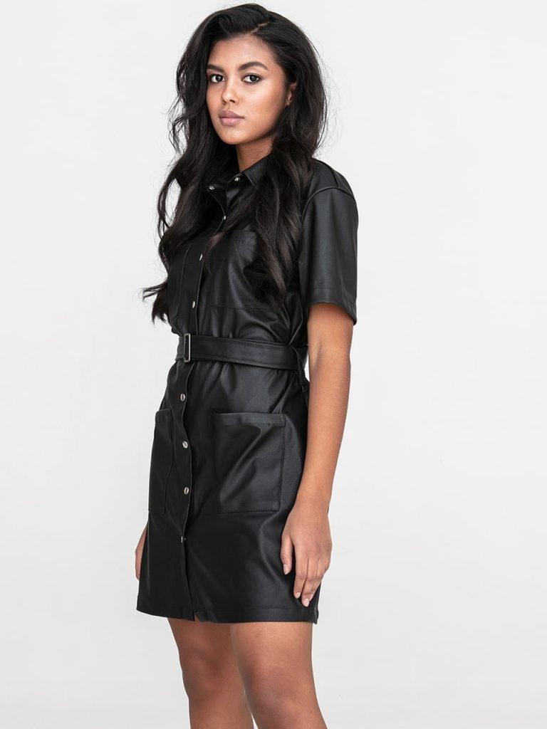 Czarna sukienka koszulowa mini z imitacji skóry Katarina Ivanenko
