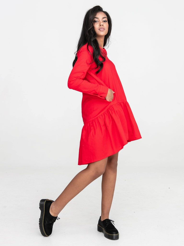 Czerwona sukienka koszulowa mini z falbanką Katarina Ivanenko (zdjęcie 3)