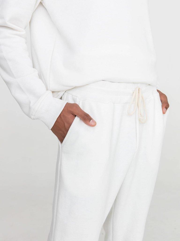 Spodnie dresowe w kolorze złamanej bieli Love&Live (zdjęcie 5)
