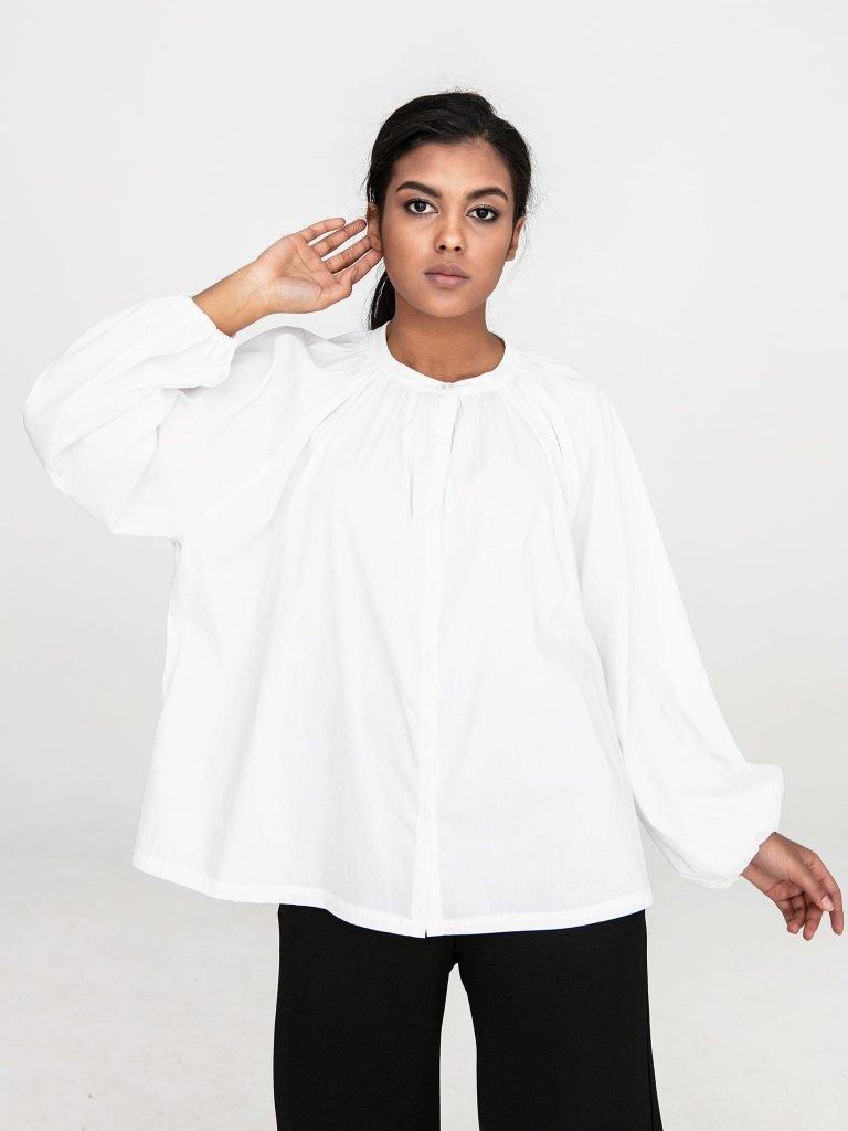 Bluzka oversize z popeliny w kolorze złamanej bieli Katarina Ivanenko (zdjęcie 2)