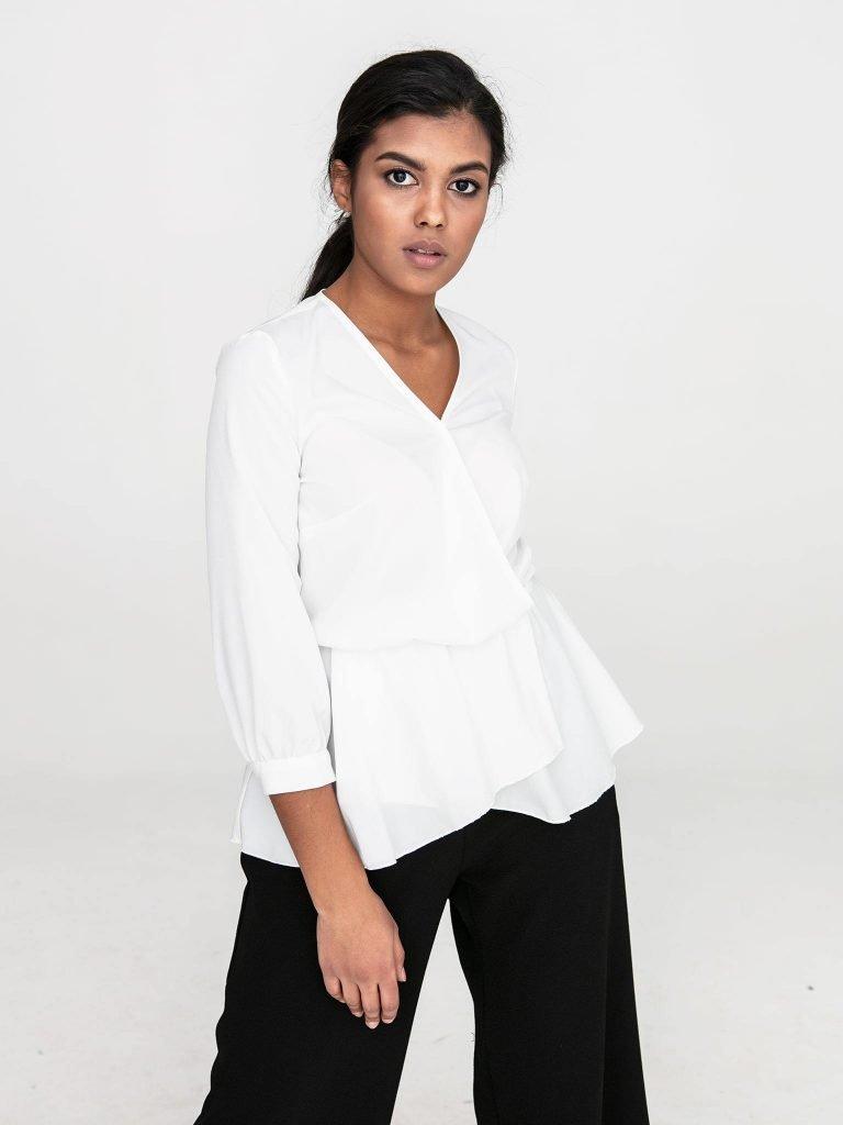 Kopertowa bluzka w kolorze złamanej bieli Katarina Ivanenko
