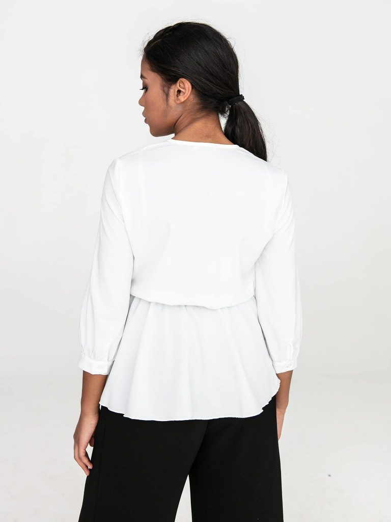 Kopertowa bluzka w kolorze złamanej bieli Katarina Ivanenko (zdjęcie 5)