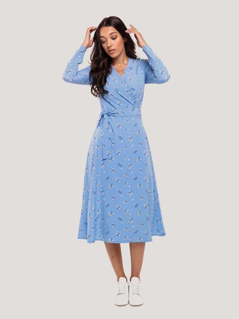 Kopertowa sukienka midi niebieska w drobne kwiaty Katarina Ivanenko (zdjęcie 5)