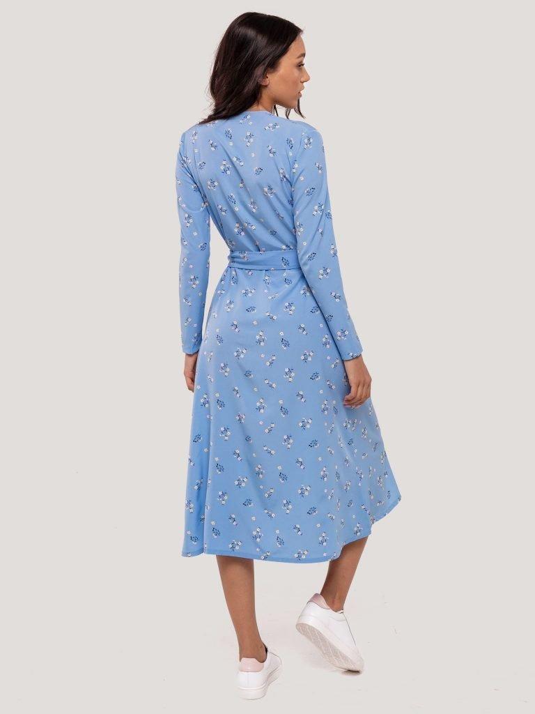 Kopertowa sukienka midi niebieska w drobne kwiaty Katarina Ivanenko (zdjęcie 7)