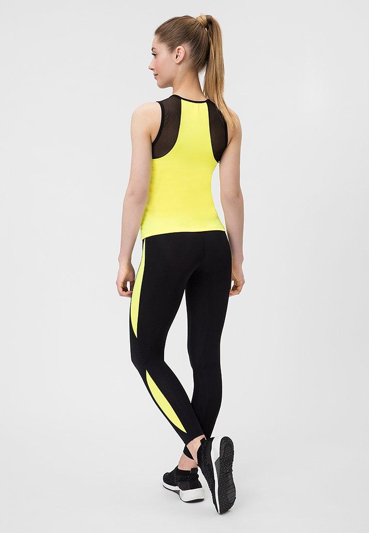Strój fitness sportowy czarno żółty (koszulka, legginsy) Pure (zdjęcie 3)