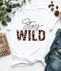 T-shirt biały Stay wild Katarina Ivanenko (zdjęcie 18)