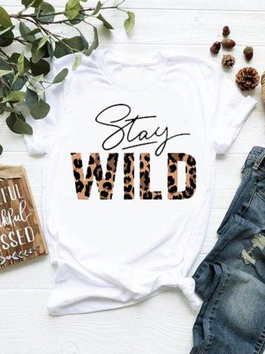 T-shirt biały Stay wild Katarina Ivanenko