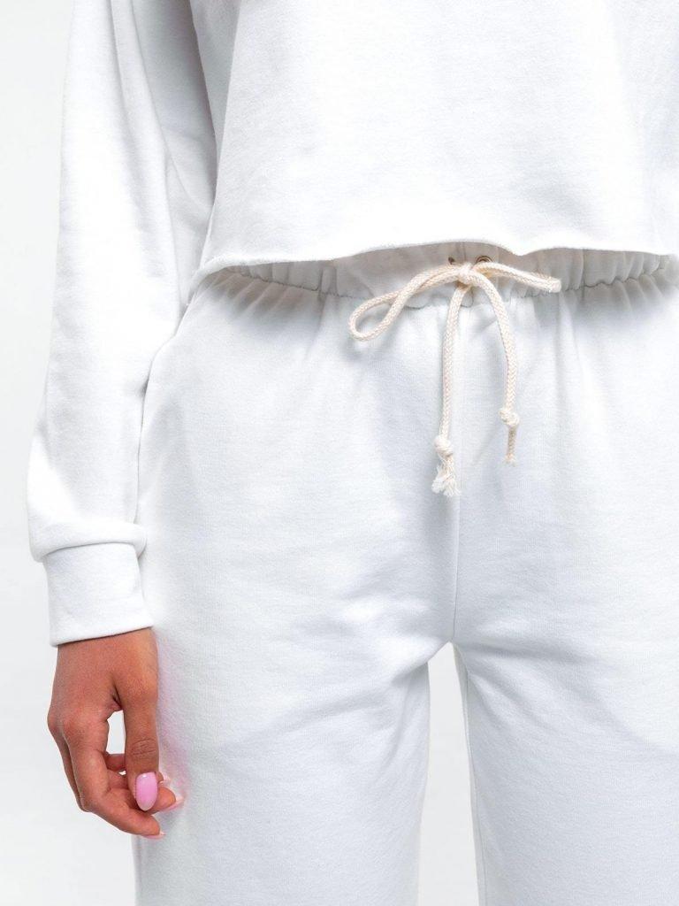 Zestaw dresowy o skróconym kroju w kolorze złamanej bieli Love&Live (zdjęcie 5)
