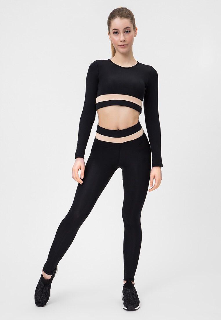 Strój fitness sportowy czarno-kremowy (top, legginsy) Pure