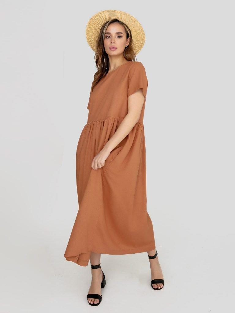Lniana sukienka maxi w kolorze wielbłądzim Katarina Ivanenko