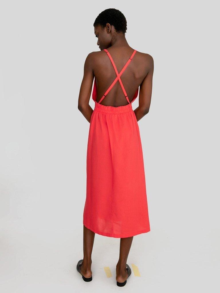 Odsłaniająca plecy sukienka midi w kolorze koralowym Katarina Ivanenko (zdjęcie 3)