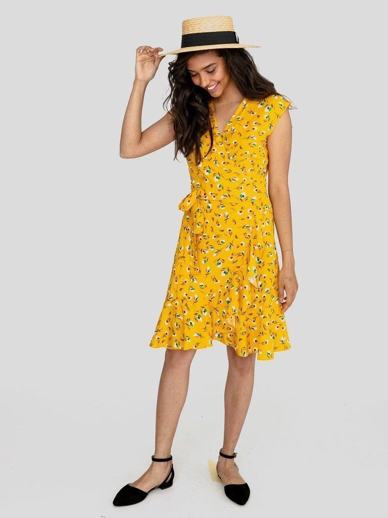Sukienka mini na ramiączkach w kolorze ciepłego beżu Love&Live (zdjęcie 2)