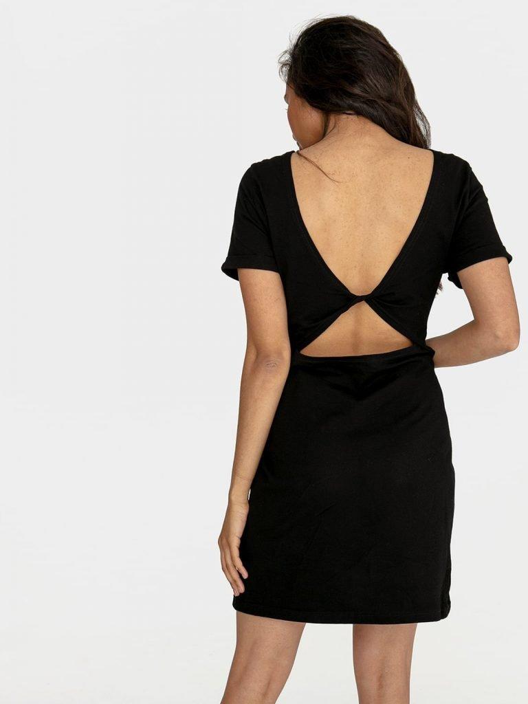 Odsłaniająca plecy sukienka koszulkowa midi w kolorze czerni Love&Live