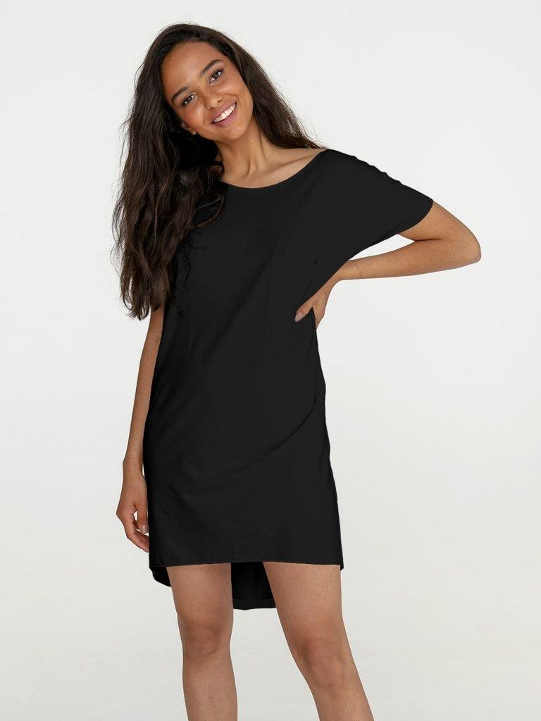Sukienka mini w stylu t-shirtu czarna Love&Live