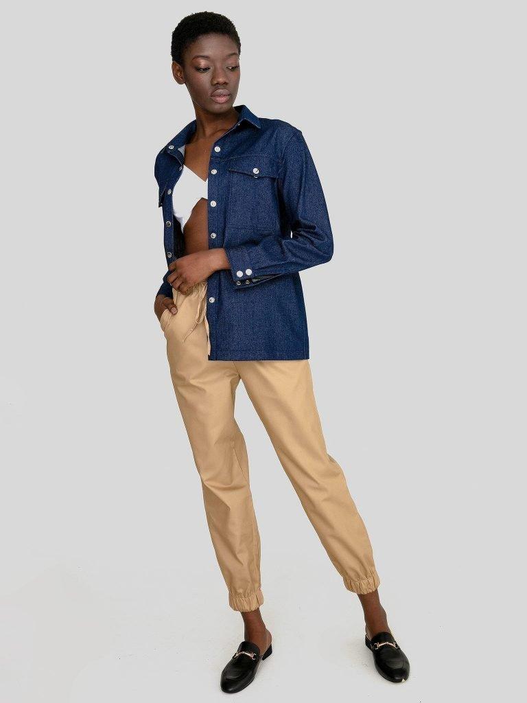 Ciemnoniebieska koszula jeansowa Love&Live (zdjęcie 2)