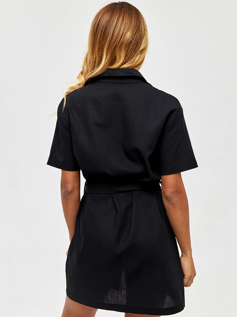 Lniana sukienka w stylu koszulowym w kolorze czerni Love&Live (zdjęcie 4)