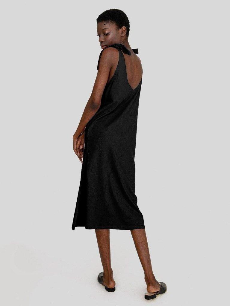 Sukienka koszulkowa maxi w kolorze czerni Love&Live (zdjęcie 2)
