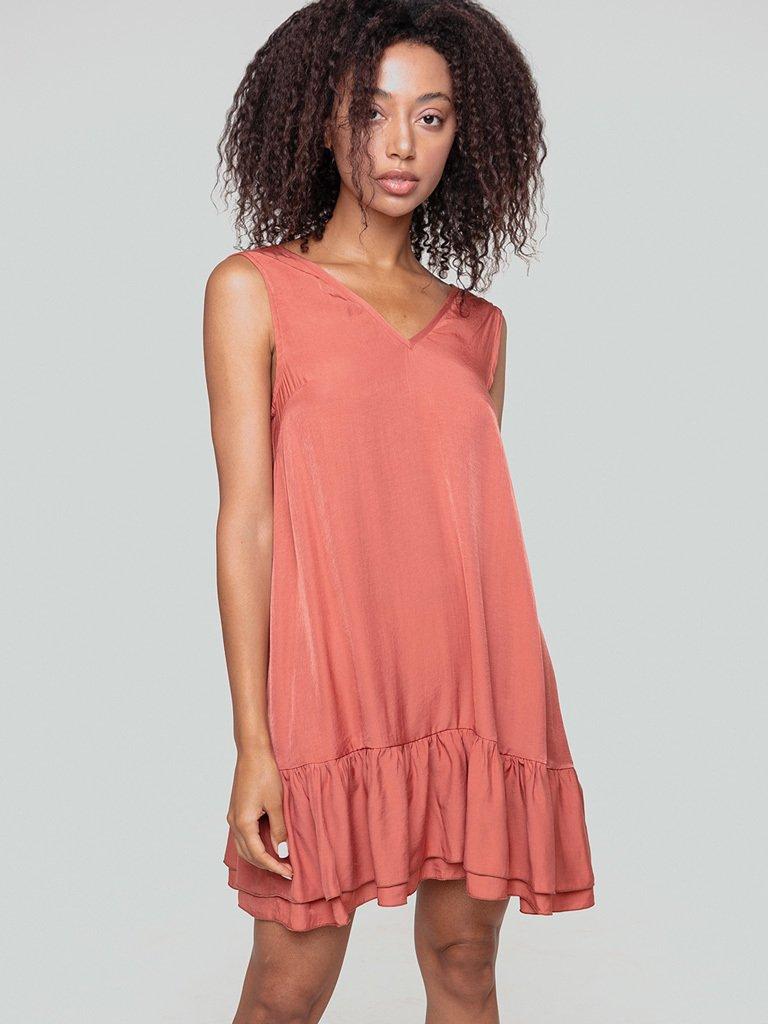 Sukienka mini w kolorze brzoskwiniowym Love&Live