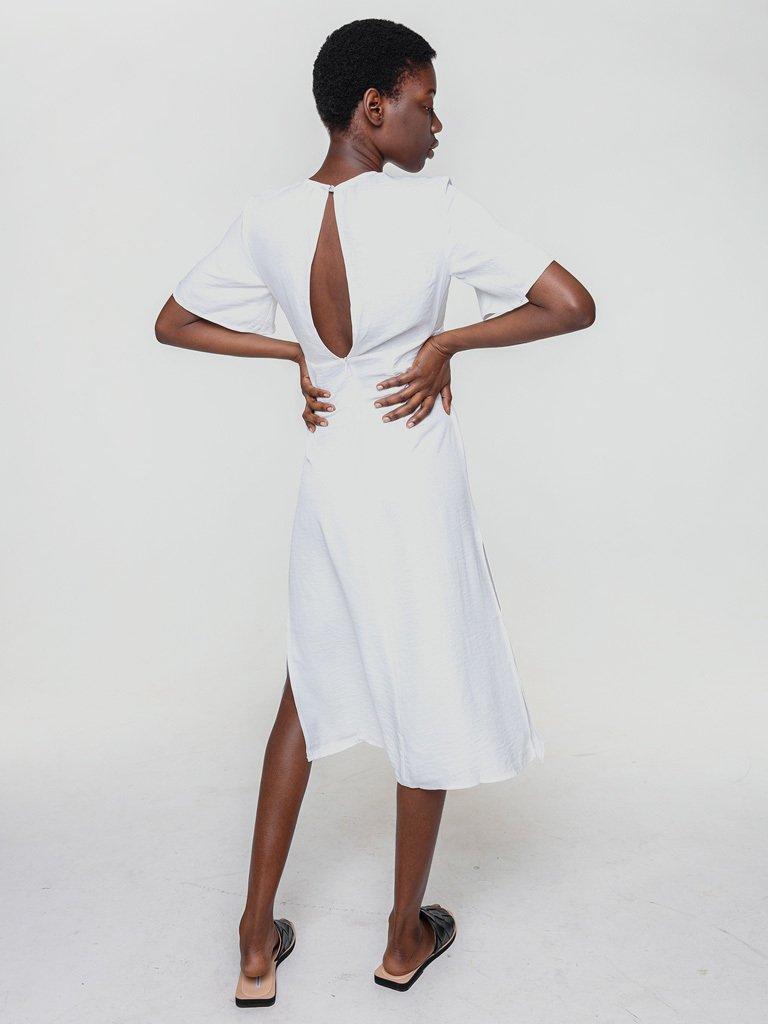 Lniana sukienka koszulowa w kolorze bieli Katarina Ivanenko (zdjęcie 3)
