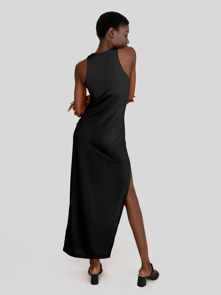 Dopasowana sukienka maxi w kolorze czerni Katarina Ivanenko (zdjęcie 2)