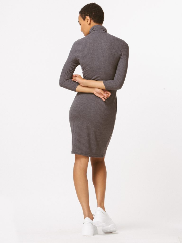 Sukienka dopasowana szara Katarina Ivanenko (zdjęcie 2)