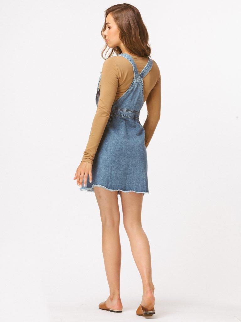 Niebieska sukienka dżinsowa na szelkach LOVE&LIVE