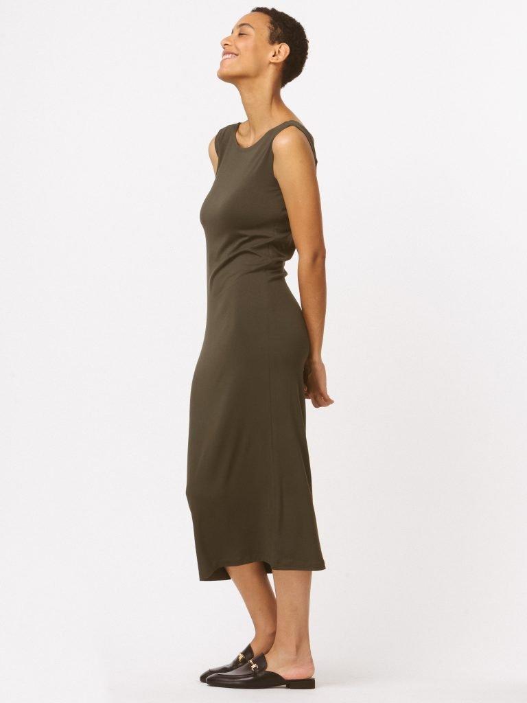 Sukienka khaki z wycięciem na plecach LOVE&LIVE (zdjęcie 2)