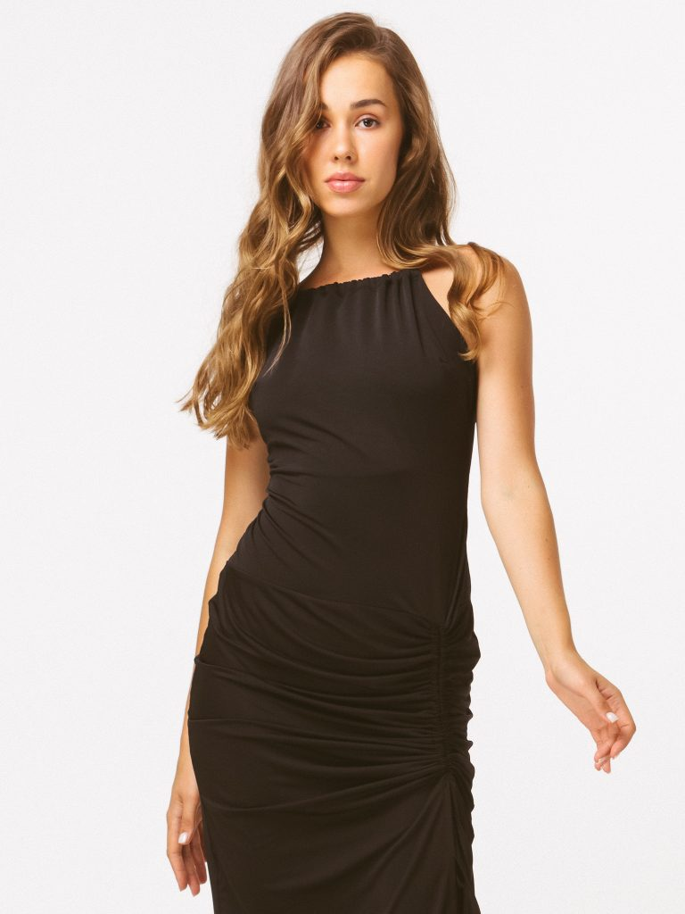 Czarna sukienka midi z drapowaniem Katarina Ivanenko