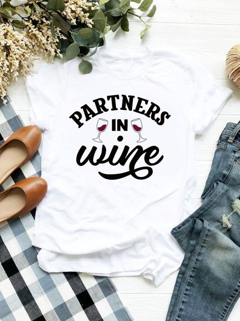 T-shirt biały Partners in Wine ZUZU