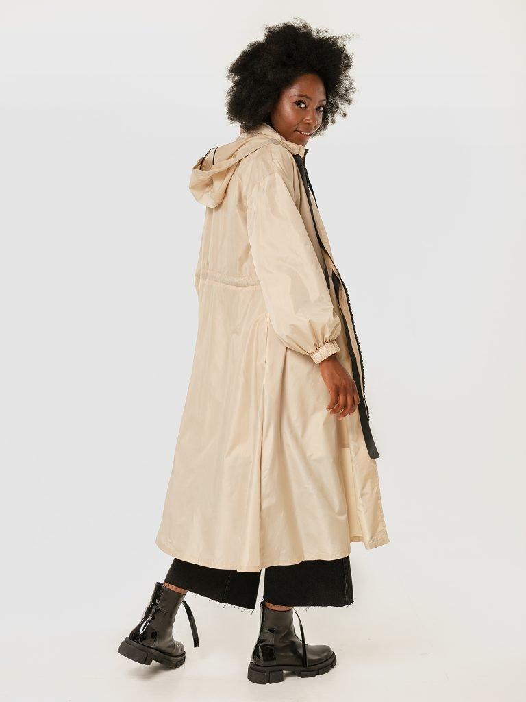 Beżowy płaszcz przeciwdeszczowy Katarina Ivanenko (zdjęcie 3)