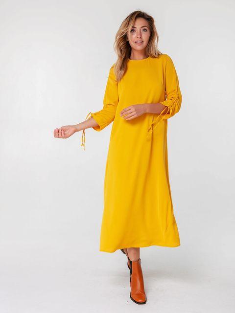 Musztardowa sukienka maxi z wiązaniami na rękawach Love&Live (zdjęcie 2)