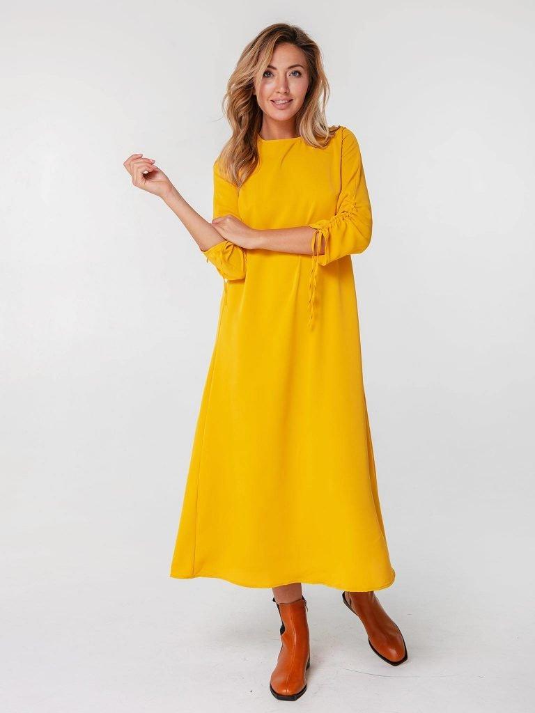 Musztardowa sukienka maxi z wiązaniami na rękawach Love&Live