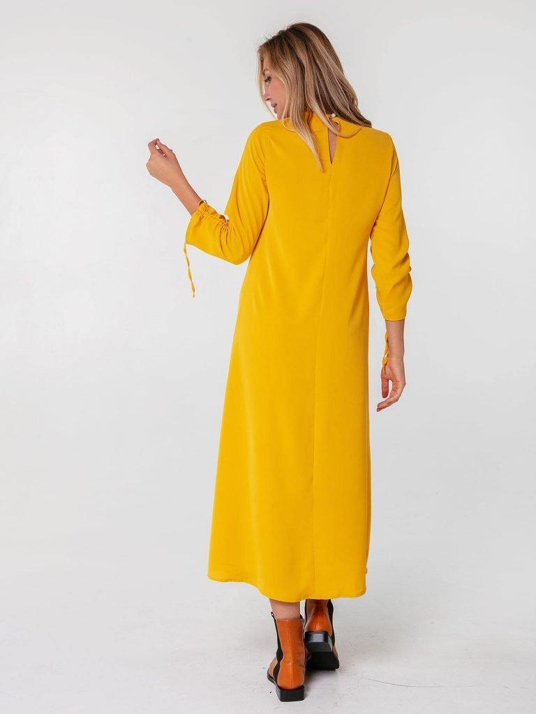 Musztardowa sukienka maxi z wiązaniami na rękawach Love&Live (zdjęcie 3)