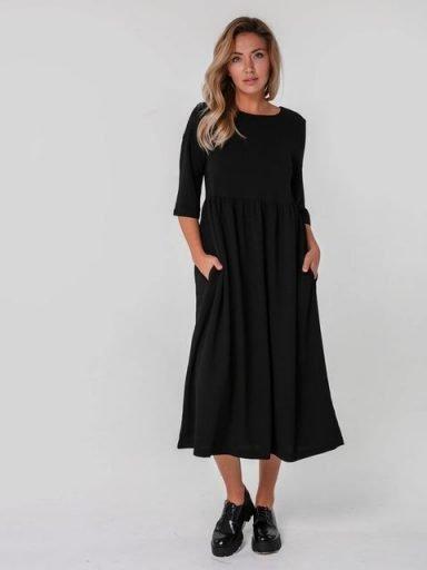 Czarna sukienka maxi luźna w kroju Katarina Ivanenko