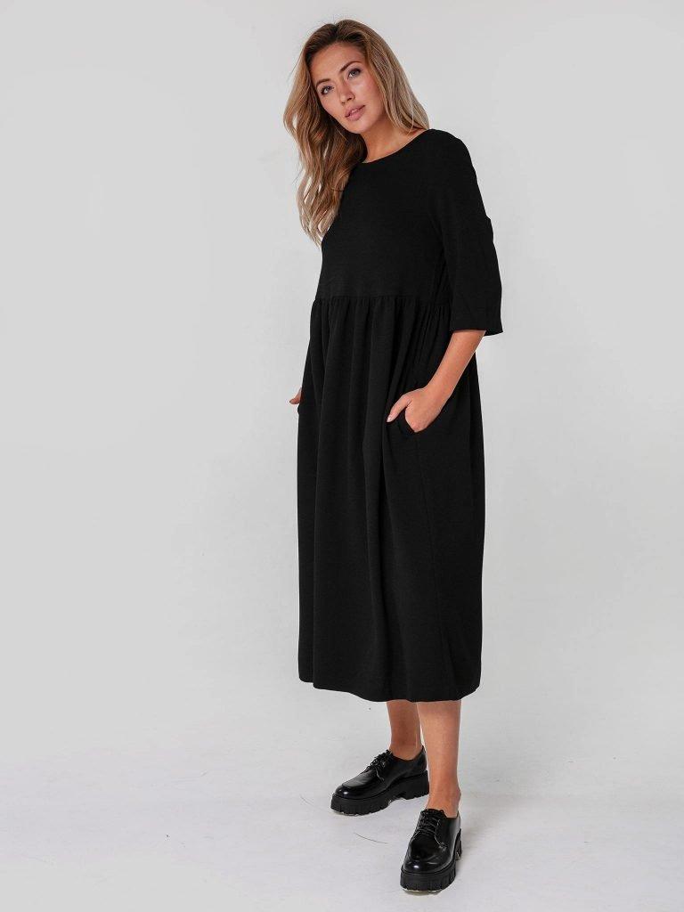 Czarna sukienka maxi luźna w kroju Katarina Ivanenko (zdjęcie 2)