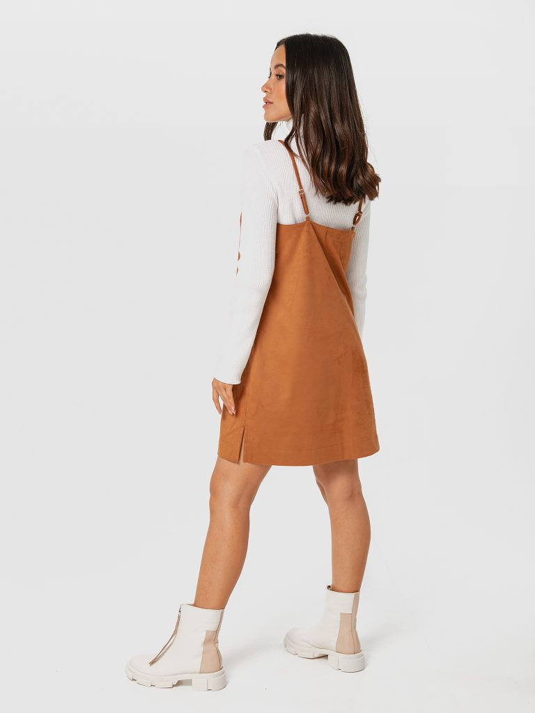 Brązowa sukienka mini z ekologicznego zamszu na ramiączkach Love&Live (zdjęcie 2)