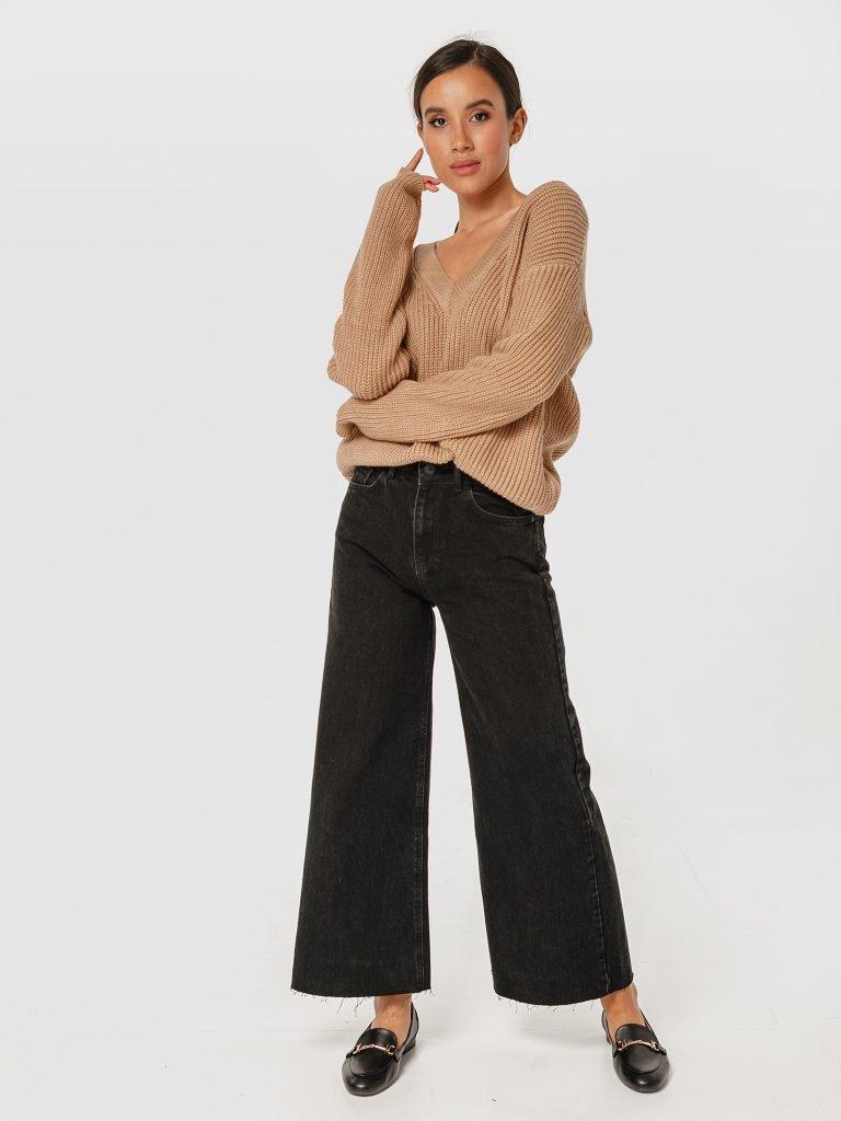 Sweter beżowy w klasycznym stylu Katarina Ivanenko (zdjęcie 3)