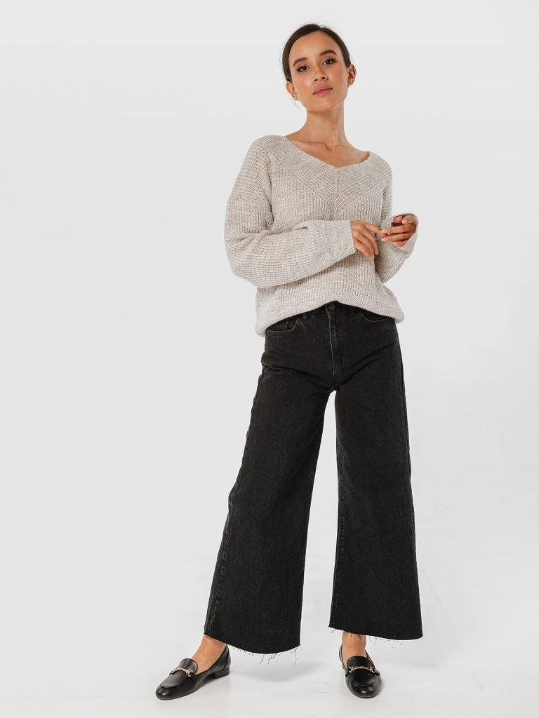 Beżowy sweter z odkrytymi ramionami Katarina Ivanenko (zdjęcie 2)