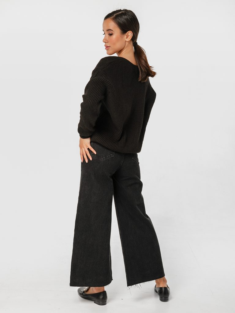 Sweter czarny w klasycznym stylu Katarina Ivanenko (zdjęcie 3)