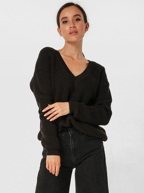 Sweter czarny w klasycznym stylu Katarina Ivanenko
