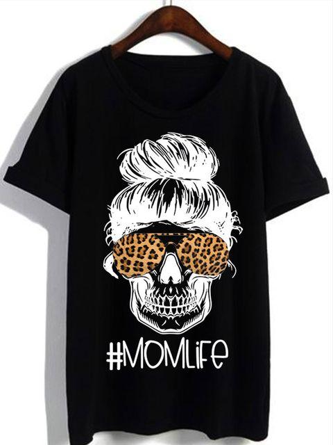 T-shirt czarny MOMLIFE Katarina Ivanenko
