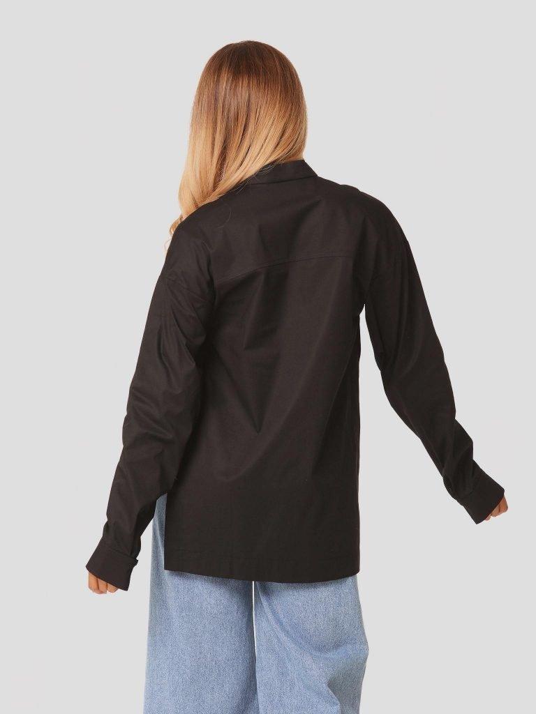 Czarna koszula oversize z rozcięciami po bokach Love&Live (zdjęcie 4)