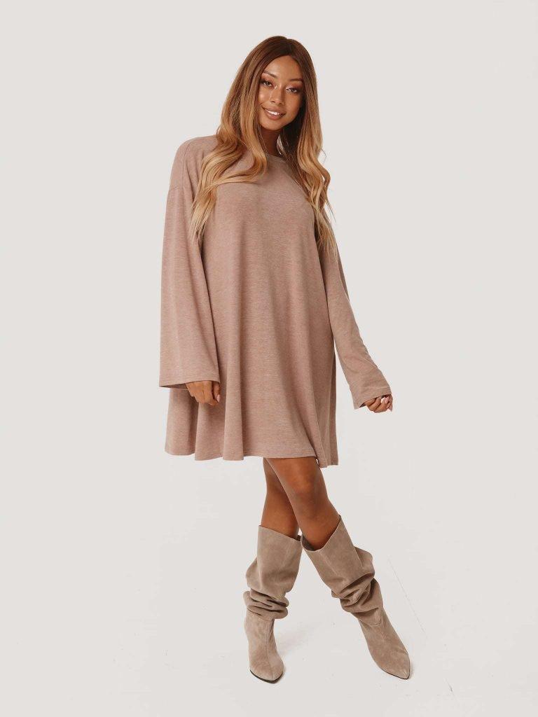 Beżowa sukienka mini z angory Love&Live
