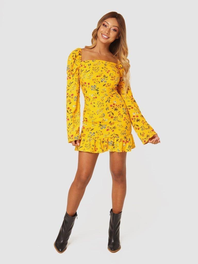 Żółta sukienka mini w kwiaty z falbanką Love&Live